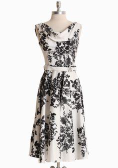 Leading Lady Flower Print Dress .