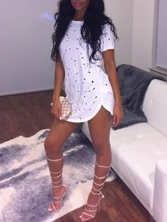 Fashion Summer Holes Sexy T-shirt Women O-neck Short Sleeve Ripped Hollow Out Tops Solid Casual Tee Shirts Blusas Club Outfits, Sexy Outfits, Trendy Outfits, Dress Outfits, Summer Outfits, Fashion Outfits, Womens Fashion, Chill Outfits, Casual Dresses