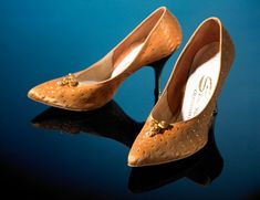 Satin shoes, by Sbicca of California, American, Worn by Dawn Velma Harris. She matched them to her daring wedding dress (made by Beverly Gordine), which was unusually short and made from gold Thai silk. Wedding Shoes, Wedding Dresses, Satin Shoes, Mellow Yellow, We Wear, Vintage Beauty, Fashion History, Shoe Collection, Dress Making