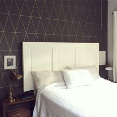 """Love this! """"Painted """"wallpaper"""" on our bedroom wall this morning with a Gold Sharpie Paint Pen! Love it! Thanks for the idea @vintagerevivals! ✨"""" icingonthecakeblog.com"""