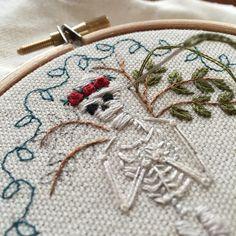 Work in progress :) I love embroidering leaves. #embroidery #embroiderer #embroideryart #embroideryhoop #embroideryartist #needlecraft #fibreart #handmade #handembroidery #illustration #mementomori #skeleton #skull #rose #wip #macabre #makersmovement #theyellowwallpaper #treeofknowledge