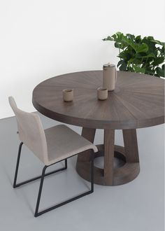 Solid tafel rond Charcoal