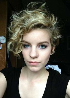 We search for you best Short Curly Pixie Haircuts and create this article for help you. This article include best ideas for pixie cuts with curled hair. Short Curly Pixie, Curly Pixie Hairstyles, Fine Curly Hair, Short Curls, Haircuts For Curly Hair, Curly Hair Cuts, Long Curly, Hairstyles Haircuts, Short Hair Cuts