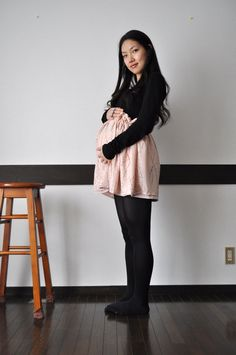 How to make a reversible paper bag maternity skirt, with Chie of Vivat Veritas | DIY maternity