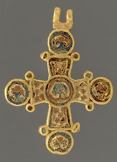 Cross in gold with cloissone enamel work; made in Constantinople c. 1100 AD #croix bijoux