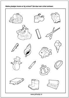 Wat hoort bij school? Back To School Kids, Pre School, School 2017, School Items, Preschool Kindergarten, Educational Activities, Creative Kids, Math Games, School Teacher