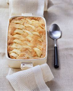 Soufflé de manzana y canela - Rezepte - Apple Recipes, Sweet Recipes, Baking Recipes, Cake Recipes, Dessert Recipes, Healthy Recipes, Dessert Oreo, Sweet Bakery, Sweet Desserts