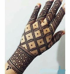 Best Indian Mehndi Designs - Mehndi or Henna is a form of body art based on dyes prepared from the plant called Lawsonia inermis. It is an immensely famous and widely used technique for adorning the body. Henna Art Designs, Indian Mehndi Designs, Mehndi Designs 2018, Stylish Mehndi Designs, Wedding Mehndi Designs, Mehndi Design Pictures, Beautiful Mehndi Design, Mehndi Designs For Hands, Mehndi Images