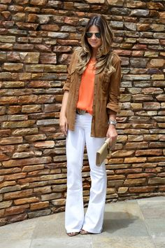White Pants - Thassia Naves