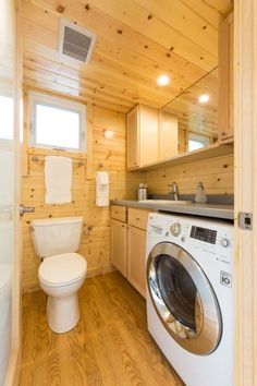 Can+You+Believe+This+Tiny+House+Sleeps+8+People?  - TownandCountryMag.com