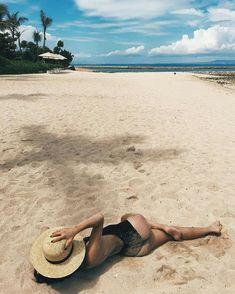 How to Take Good Beach Photos Photo Summer, Summer Pictures, Beach Pictures, Summer Photography, Photography Poses, Photos Bff, Travel Photos, Car Photos, Couple Travel