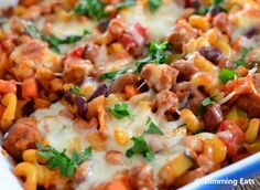 Sausage and bean pasta bake! (Only syns in sausages) looks yum! Slimming World Diet, Slimming Eats, Slimming World Recipes, Slimming Worls, Sausage Recipes, Baby Food Recipes, Dinner Recipes, Cooking Recipes, Pasta Recipes