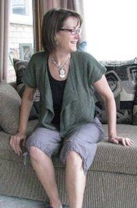 Chris Knits in Niagara: Floppy Cropped Summer Top Knitting Patterns Free, Knit Patterns, Free Knitting, Summer Cardigan, Knit Cardigan, Knit Sweaters, Hooded Cardigan, Knit Shirt, Easy Knitting Projects