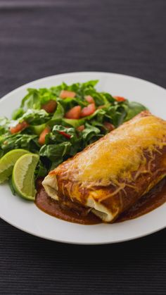Think of this flavor-packed chicken burrito as the bigger, cheesier cousin of the enchilada. Mexican Dishes, Mexican Food Recipes, Dinner Recipes, Ethnic Recipes, Mexican Desserts, Drink Recipes, Cooking Recipes, Healthy Recipes, Cooking Tips