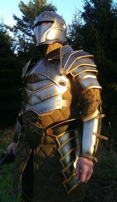 KnightArmour5 von DragonArmoury