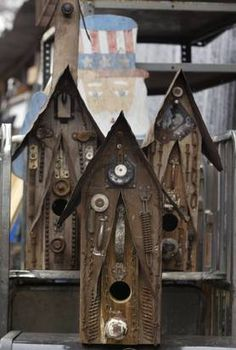 junky birdhouses - N.L. Jones, South Dallas man famed for artful birdhouses crafted from scrap items, dies at 82 | Dallas-Fort Worth Obituaries - News for Dallas, Texas - The Dallas Morning News