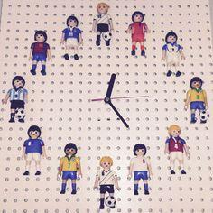 Fußball Zimmer - IKEA HACK RUSCH Wanduhr www.limmaland.com