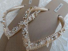Bridal Flip Flops, Gold Flip Flops, Beach Flip Flops, Flip Flop Shoes, Tongs Crochet, Crochet Flip Flops, Decorating Flip Flops, Beach Wedding Shoes, Gold Beach