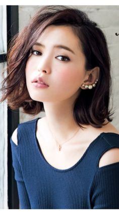 Little Beautiful Wave Bob Hair, Whether you want a whole new hair look or just a slight update, Get inspired by our collections today! Bob Hairstyles 2018, Short Hairstyles For Women, Girl Hairstyles, Haircuts, Hair Styles 2016, Medium Hair Styles, Short Hair Styles, Girl Short Hair, Short Hair Cuts