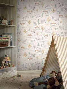 Boråstapeter Newbie Up North tapet med svenska skogsdjur Cottage Wallpaper, Lit Wallpaper, Nursery Wallpaper, Nursery Wall Art, Pattern Wallpaper, Flora Und Fauna, Woodland Nursery Decor, Toy Rooms, Aesthetic Bedroom