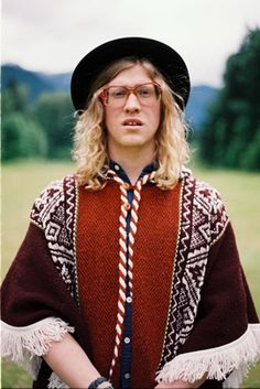 If #Maxwell and #Adele had a baby, his name would be Allen Stone! http://liveitloveitdoit.com/site/2013/04/artist-spotlight-allen-stone/