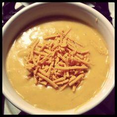 Kristina's Kitchen - Vegan Cheddar Potato Soup!