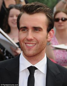 It's hard to believe that Neville Longbottom (Matthew Lewis) grew up to be this!  We would make pretty, brown-haired, green-eyed babies!  :)