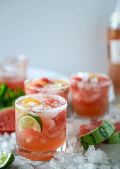 I know what you're thinking! Do I know how to make (err, drink) anything other than a margarita? The answer would be yes. watermelon rosé margaritas by sweet eats I Easy Cocktails, Fun Drinks, Yummy Drinks, Cocktail Recipes, Cocktail Ideas, Beverages, Alcoholic Drinks, Drink Recipes, Vodka Cocktails
