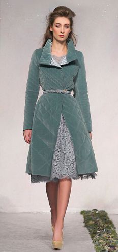 Luisa Beccaria Sky blue full skirt rebrodè lace dress Sky blue velvet quilted coat Sky blue lace belt Ivory patent shoe Luisa Beccaria, Soft Summer Palette, Runway Fashion, Womens Fashion, Velvet Fashion, Colorful Fashion, Looking Gorgeous, Blue Lace, Vintage Inspired