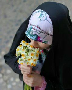 Hajib Fashion, Religious Photos, Persian Girls, Hijab Tutorial, Girly Pictures, Muslim Girls, Islamic Pictures, Beautiful Hijab, Hani