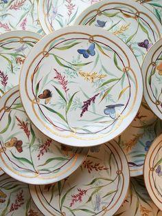 JAMES GREEN & NEPHEW - Porcelain Dessert Service with Butterflies – Circa 1870