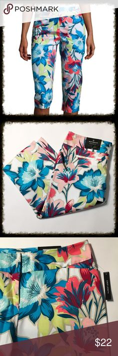 """Floral Cropped Pants These modern fit cropped pants feature a sateen fabric, making them an easy choice for a semi-formal ensemble. zip front 2 non-functional back pockets; 2 functional front pockets slim legs 19"""" inseam. Waist measures 17"""" across. cotton/nylon/spandex; floral: cotton/polyester/spandex Worthington Pants Ankle & Cropped"""