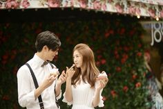 View photos in Korea Pre-Wedding - Casual Dating Snaps, Seoul . Pre-Wedding photoshoot by May Studio, wedding photographer in Seoul, Korea. Prenuptial Photoshoot, Prewedding Photo, Casual Date, Pre Wedding Photoshoot, Kobe, Seoul, Photography Poses, Engagement Photos, Wedding Planning
