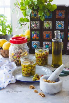 Green Olive Salad, Olive Green, Middle Eastern Dishes, Middle Eastern Recipes, Halal Recipes, Walnut Salad, Arabic Food, Stuffed Hot Peppers, Great Recipes