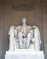 Washington DC must-see landmark: Lincoln Memorial  #Travel #DC