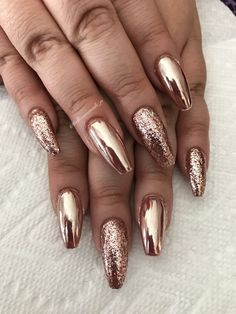 Rose gold by bellissimanailsri gold chrome nails, gold gel nails, chrome nails designs, Gold Gel Nails, Gold Chrome Nails, Chrome Nails Designs, Gold Manicure, Rose Gold Chrome, Best Acrylic Nails, Metallic Nails, Bling Nails, Rose Gold Glitter Nails