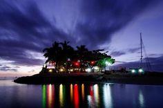 Island Bar Musket Cove Fiji