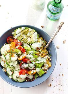Rainbow Veggie Bowls with Jalapeño. Rainbow Veggie Bowls with Jalapeño Ranch - colorful layers of veggies grains nuts avocado and homemade jalapeño ranch dressing. Healthy Recipes, Salad Recipes, Vegetarian Recipes, Cooking Recipes, Vegetarian Lunch, Snacks Recipes, Pasta Recipes, Veggie Bowl Recipe, Asparagus Recipe