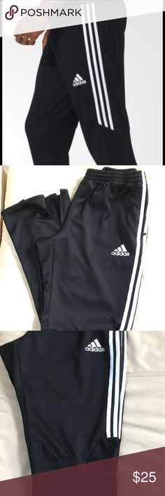 Men's Adidas Training Pants These men's training pants help you warm up without overheating. Featuring ventilated climacool® and mesh inserts for maximum breathability, they keep the air moving while you stay on the pitch. A slim fit. New condition Adidas Pants Track Pants & Joggers