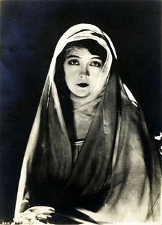Lillian Gish, 1920s                                                                                                                                                                                 More