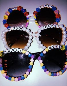 Other great ideas about Festival Make-up, Competition clothes and Fest trend. Summer Vibe, Summer Fun, Summer Bucket, Diy Accessoires, Summer Aesthetic, Rave Outfits, Kandi, Diy Clothes, Diy And Crafts