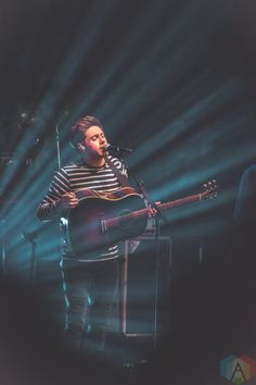 Photos: Niall Horan @ Massey Hall | Aesthetic Magazine | Album Reviews, Concert Photography, Interviews, Contests