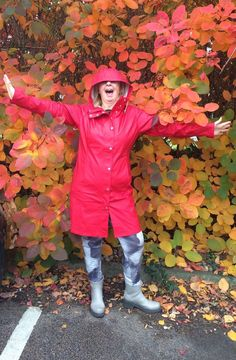 The fabulous Ilse Jacobsen Rain02 in Deep Red, amongst beautiful autumn colours!