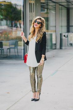 Sequin-Leggings-white-shirt-black-blazer-so-kate-kate-heels-holiday-outfit-17.jpg 718×1,078 pixels