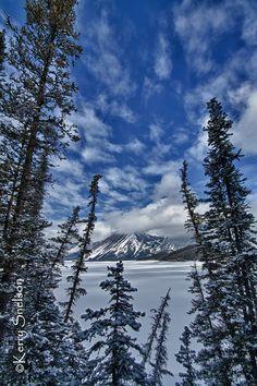 Upper Kananaskis Lake, Kananaskis, Alberta, Canada I Photography by Kerry Snelson via Flickr.