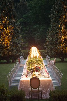 Gorgeous table at Villa Catureglio in Tuscany.