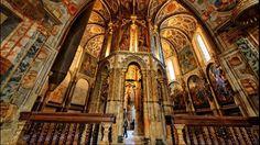 Sur les rives du fleuve Nabão, la ville de Tomar abrite la Chapelle du Couvent de l'ordre du Christ dont cette magnifique rotonde fût inspirée par le Saint-Sépulcre de Jérusalem.