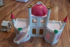 Playmobil 4250 Fairy Tale Princess Castle Palace w/ Carriage NOT Complete #PLAYMOBIL