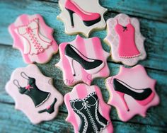Victoria's Secret Cookies by Emma's Sweets Gourmet Cookies, Fancy Cookies, Cute Cookies, How To Make Cookies, Cupcakes, Cupcake Cookies, Sugar Cookies, Pink Cookies, Pavlova