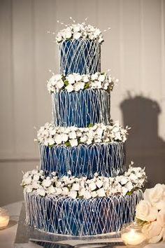 we ❤ this!  moncheribridals.com  #weddingcakes #navybluewedding